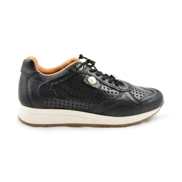 AMUST Ceta Sneakers Black