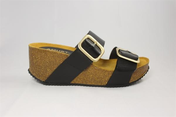 a3a0948c4156 Amust Penny Sandal White - Shop Din Nye Flade Sandal Hos Designfryd ...