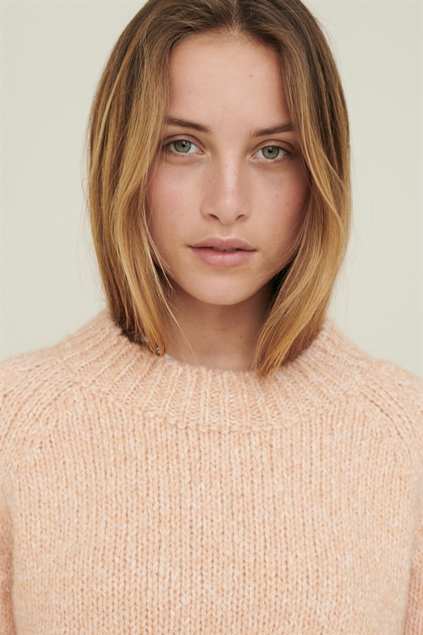 BASIC APPAREL Aliki sweater Dusty Coral