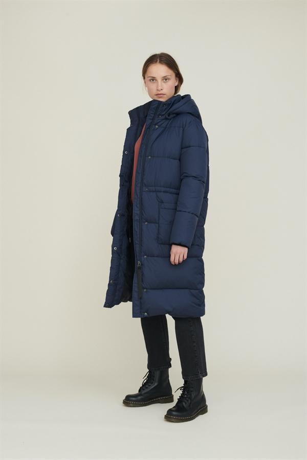 BASIC APPAREL Dagmar Jacket Navy